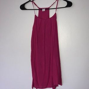 Tops - Pink tank top size medium